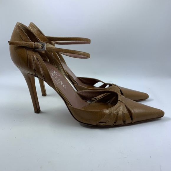 dae40313fea 4 FOR $30 SALE Vintage Valentino Tan Leather Heels